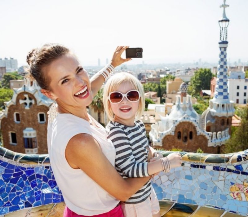 mother and daughter at park guell